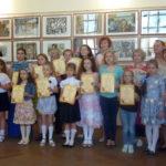 Дети разных народов рисуют Чехова с Каштанкой