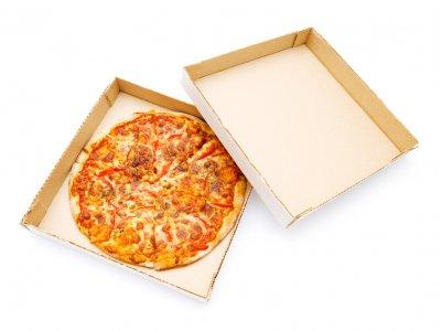 Теперь мы узнаем должников в лицо. Фото алиментщиков появятся на коробках с пиццей