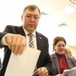 Главу Заксобрания переизбрали секретарём «Единой России»